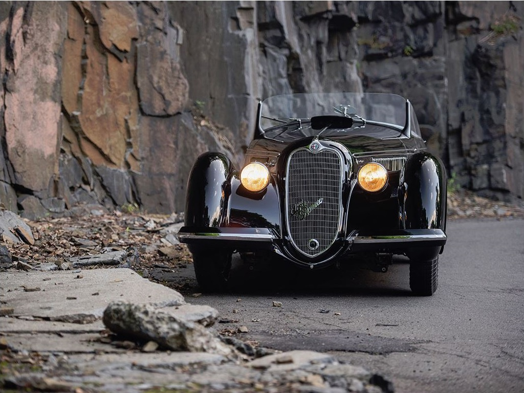 Alfa Romeo 8C 2900B Touring Roadster Lungo