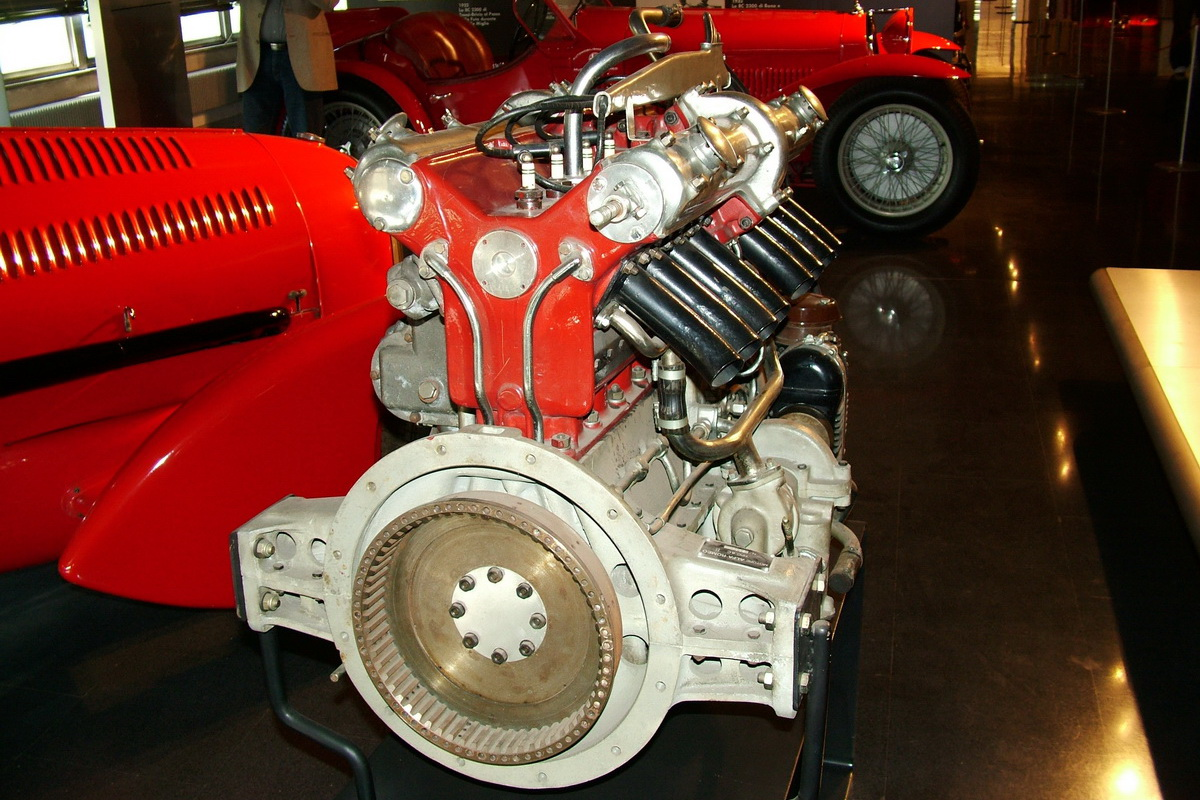 Tipo B motorja